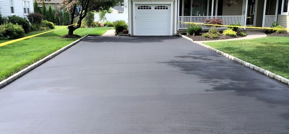 When Is The Best Time Of Year To Seal Or Sealcoat Your Naperville Driveway